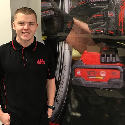Desire to set his own rewards drives 20-year-old into business