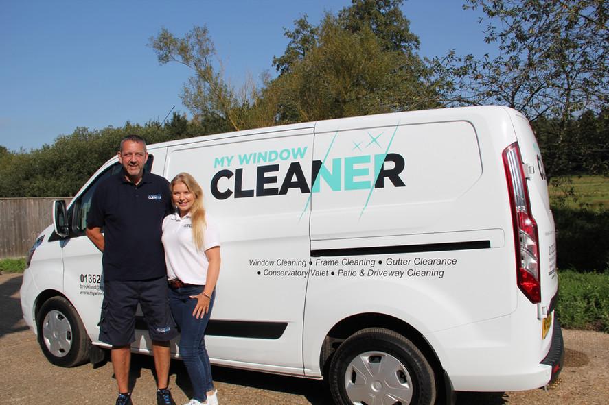 Window cleaner Breckland Norfolk.JPG
