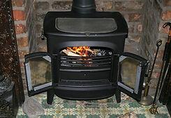 fireplace-195296_1920.jpg