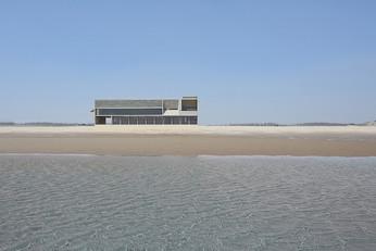 A Seashore Library