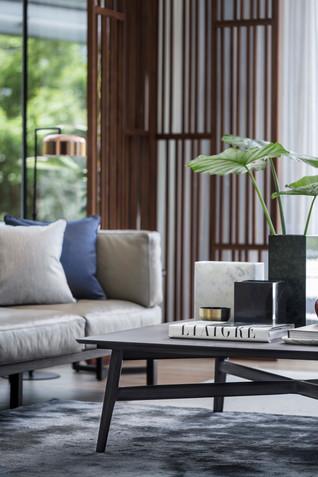 Shenzhen Oriental Garden Villa Chamber by Co-Direction Design