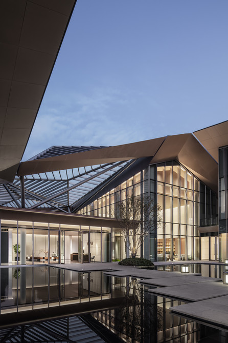 Jinmao Star in the Bund · Qin Wang Fu Exhibition Hall by Cheng Chung Design (HK)