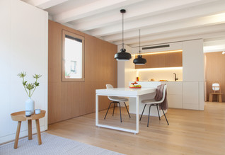 Gran de Gracia mini apartment by YLAB Arquitectos