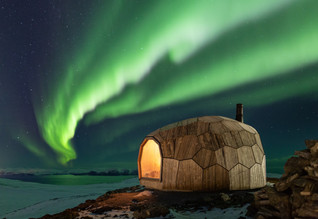 SPINN has created a gorgeous Hammerfest Hiking Cabin in Northern Norway