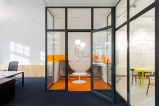 IONDESIGN GmbH designed German Headquarter for Tech Start-Up in Berlin
