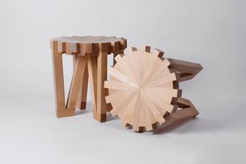 Calibre 32 stool