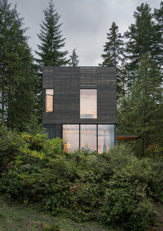 Little House by mwworks, a minimalist retreat overlooking Hood Canal in Washington state's Olymp