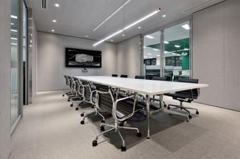 HDI Tokyo Office by Martin van der Linden, Japan