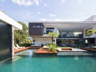 HOUSE IN A BRAZILIAN BEACH SIGNED BY RAIZ ARQUITETURA