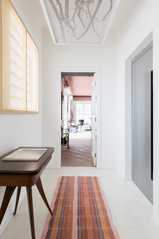 Apartment full of memories by SuperLimão Studio