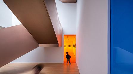 Game of light 丨Suzhou Iris Art Realm by LYCS Architecture