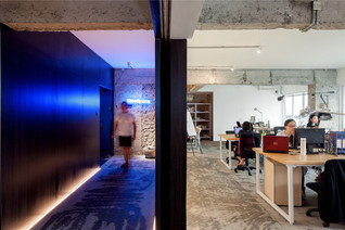 Fashion of Simplicity - Blue Space Office by Bloom Design - Guangzhou