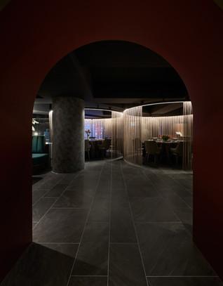 Dining Splendor: Ji Pin Restaurant by Jmarvel Interior Design
