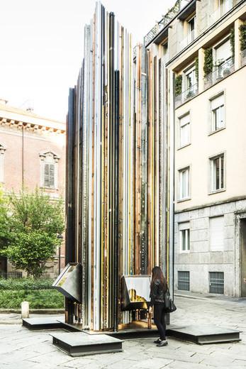 "Capoferri at Milan Design Week presents: ""Scrigno del Cielo: Architecture Inside A Window"""