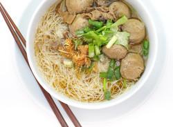 Meatballs in Mee Sua