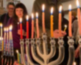 sressler-chanukah-menorah_lighting.jpg