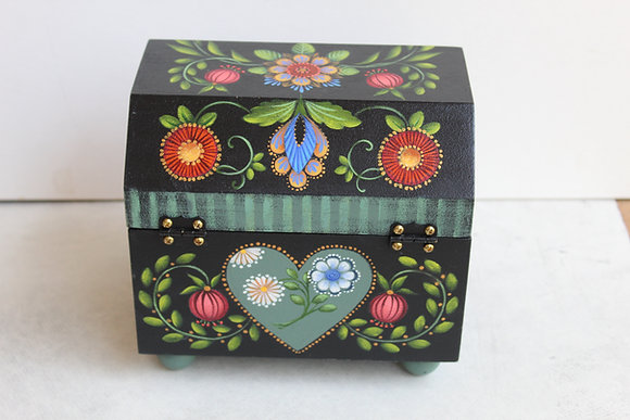 Fantasy Flower Recipe Box 265