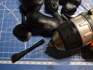Drilling tiny legs x_x