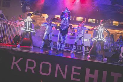 Showdancers Fete Blanche Velden White Nights