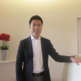 伝統の味にフレッシュさを加えて名菓を作る杉山隆寛(すぎやま たかひろ)さん ちもと代表取締役