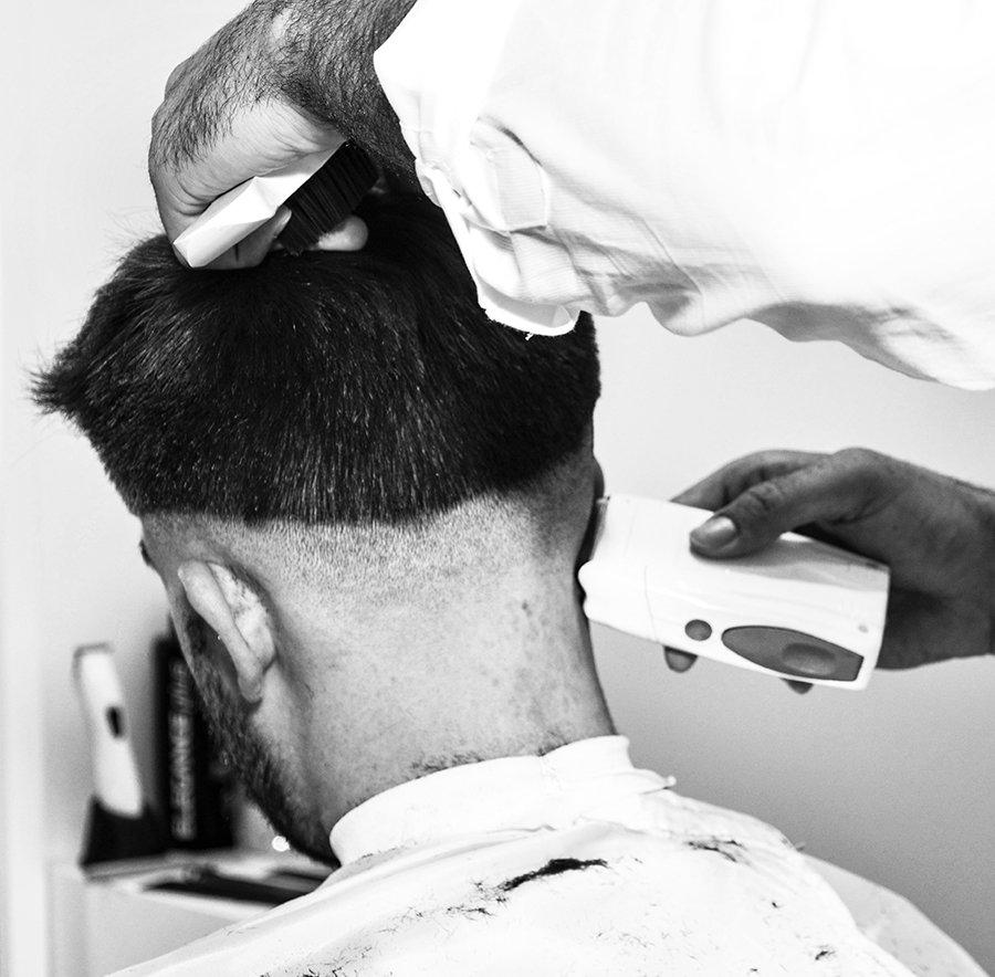 Arreglo Patillas y Cuello / Sideburns and neck care