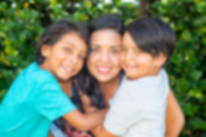 Miye e hijos.jpg