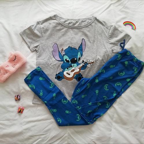 Pijama mujer stitch cantante