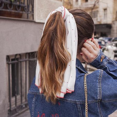 5 peinados con pañuelos que te van a sacar de un apuro
