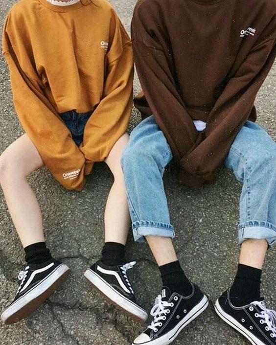 Converse y Vans con medias cortas