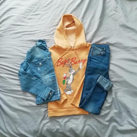 Outfit con campera de jean