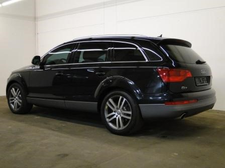 Audi q7 Armored