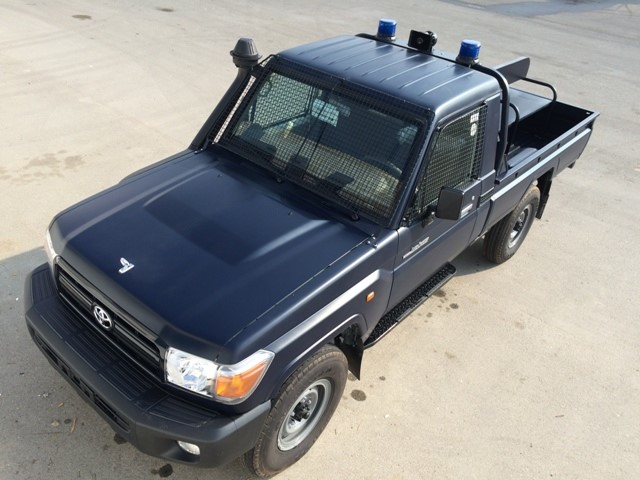 Land Cruiser Police