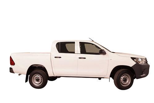 TOYOTA HILUX 3.0L DIESEL DOUBLE CABIN 4WD STANDARD
