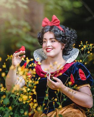 Snow White 14.jpg