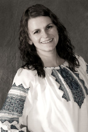 Sonya Ukrainian Picture (1)_edited.jpg