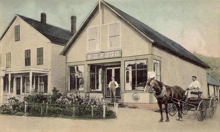 Fogg's_Store,_Hancock,_NH.jpg