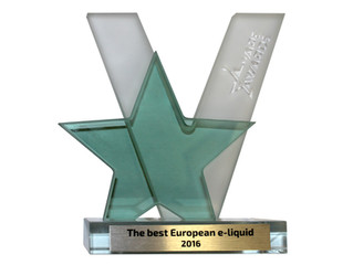 4U awarded 'The best European e-liquid 2016' at Vapor Fair. / Βραβευμένα ως τα καλύτερα υγρά