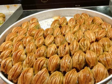 Comment manger du Baklava ?