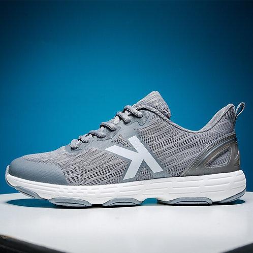 נעלי ספורט/ריצה אפורות