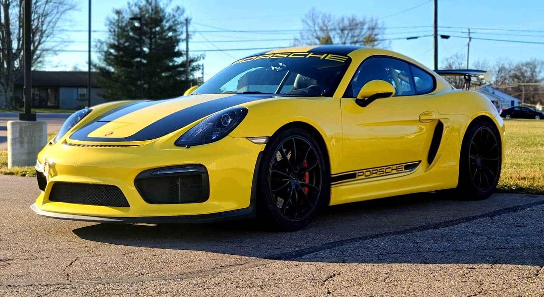 Cincy Vinyl Wraps Porsche GT4 Yellow and