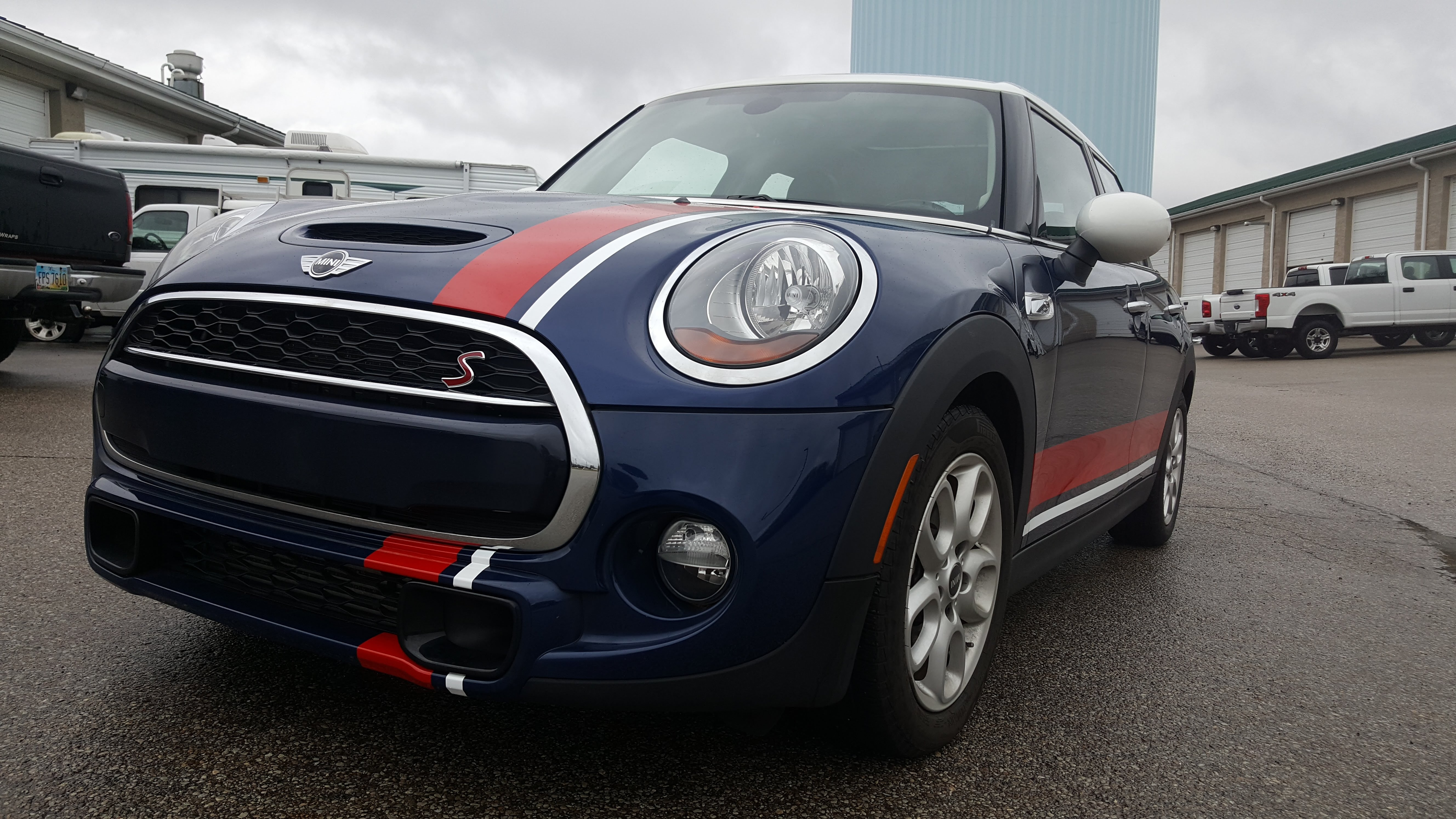 Cincy Vinyl Wraps Mini Stripes (1)