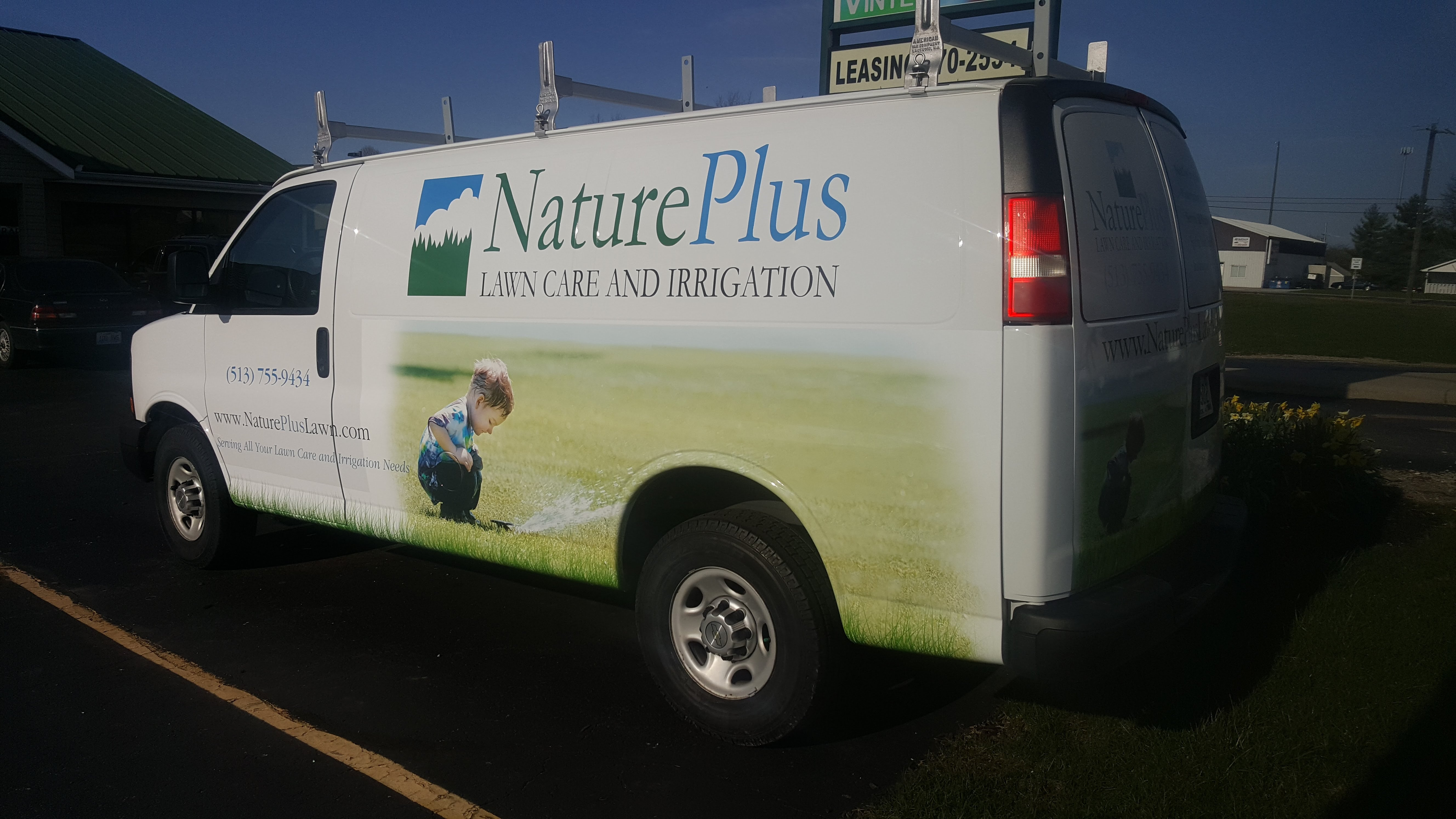 Cincy Vinyl Wraps Nature Plus (2)