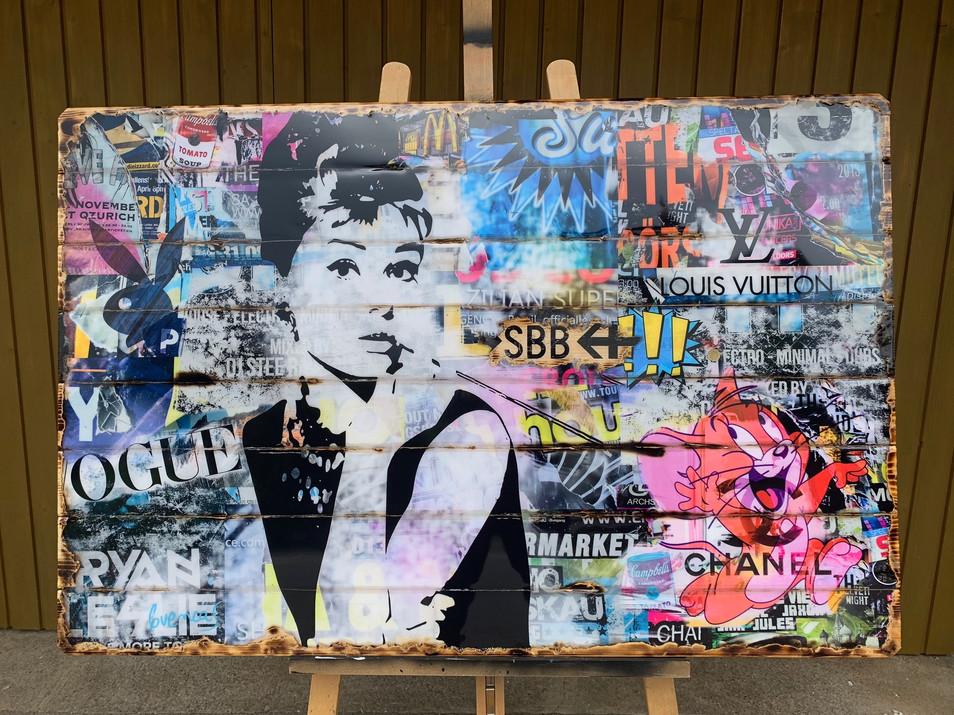 Audrey Hepburn Pop