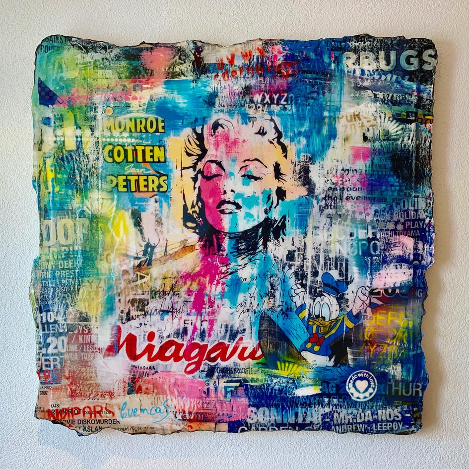 Marilyn in Niagara (sold)
