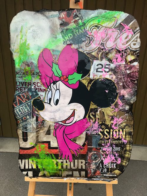 Happy Minnie