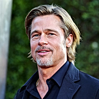 brad-pitt-attends-the-premiere-of-20th-c