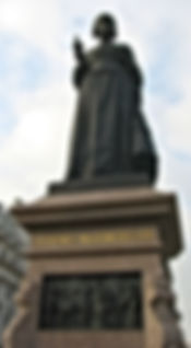 Florence Nightingale statue England
