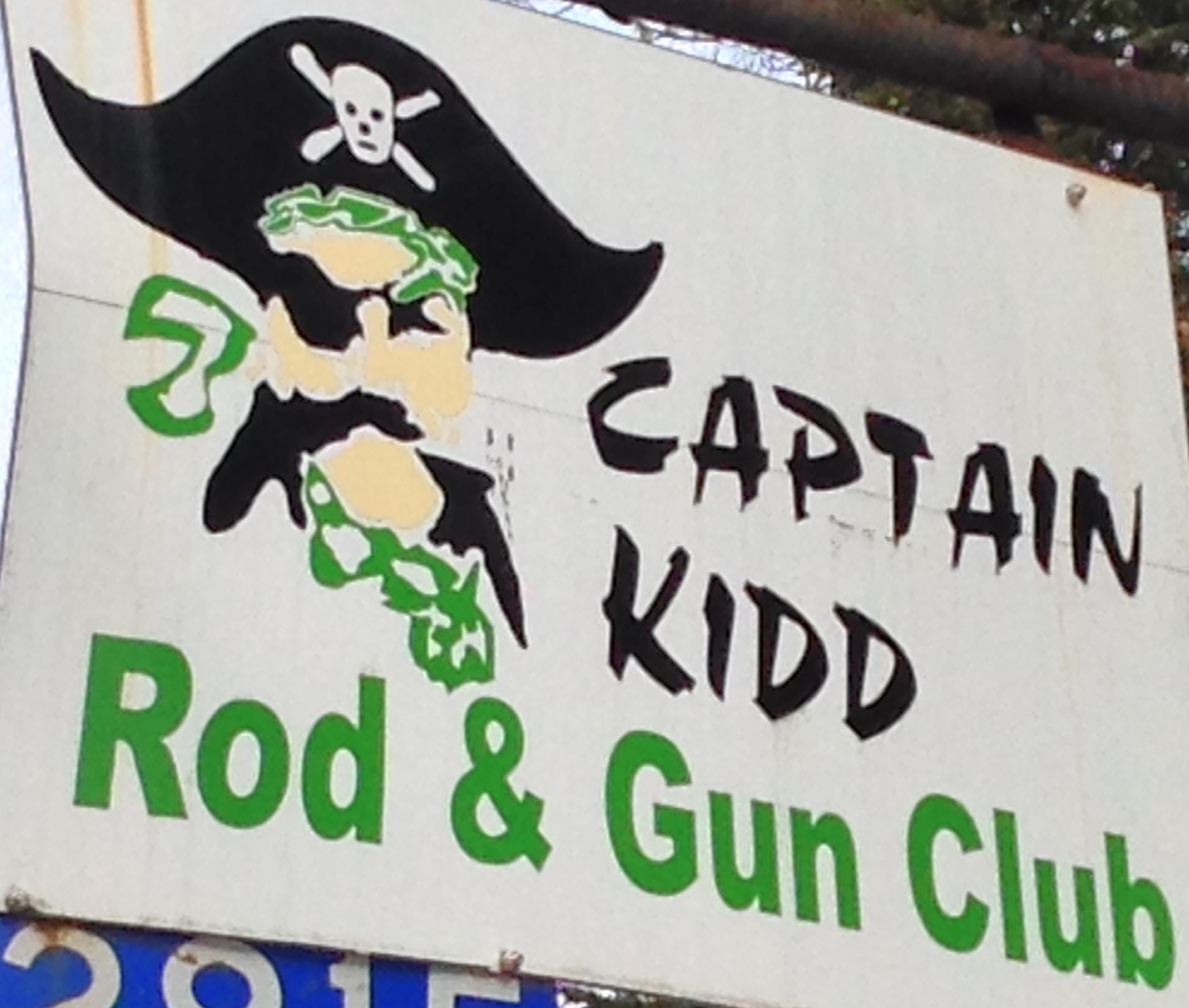 captainkidd highway sign