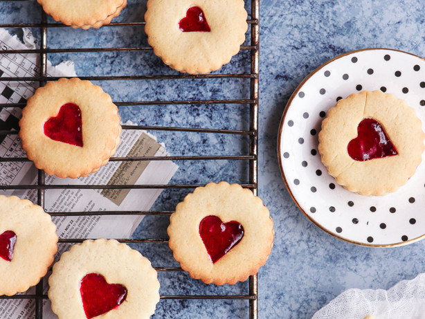 Sugar Cookies That Will Impress Your Valentine's Date!