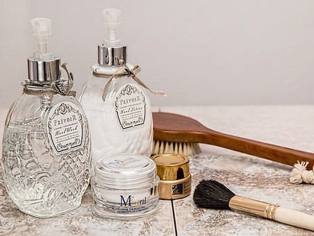 Essential Oils in Your Beauty Routine